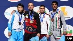 در وزن ۷۱ کیلوگرم علی گرایی (نفر اول از راست) مدال برنز گرفت.