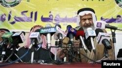القيادي في جماعة الأخوان المسلمين في الأردن همام سعيد يتحدث في مؤتمر بعمّان