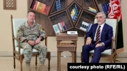 دیدار عبدالله عبدالله با جنرال سکات میلر