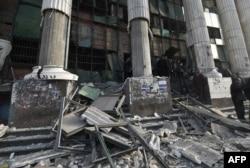 Після вибуху біля суду в місцевості Імбаба, околиця Каїра, 14 січня 2014 року