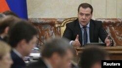 Ռուսաստանի վարչապետ Դմիտրի Մեդվեդևը վարում է կառավարության նիստը, արխիվ