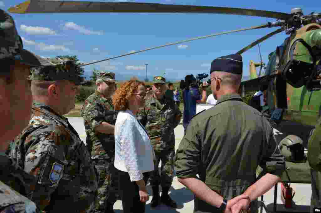 МАКЕДОНИЈА - Македонија нема да и дозволи на Русија да го опструира Договорот со името со Грција, кој на Скопје му ја отвори вратата за влез во НАТО, изјави на состанокот на министрите од Јадранската повелба и САД во Загреб министерката Радмила Шекеринска.