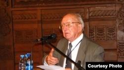 Доктор философских наук, профессор Борис Максимович Фирсов