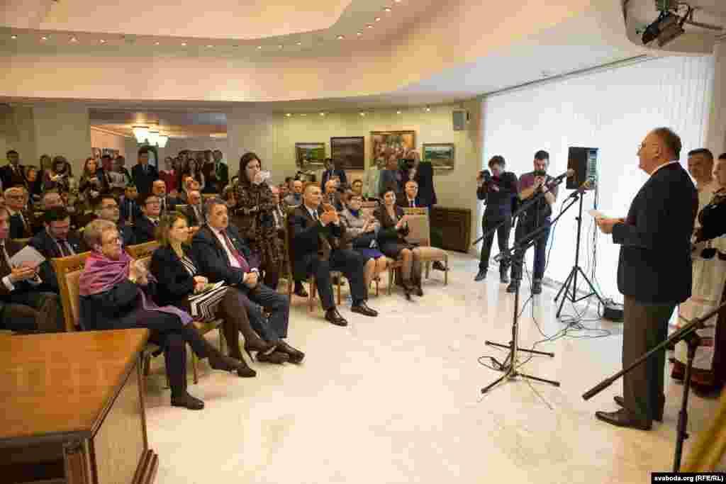 Надзвычайны і Паўнамоцны Пасол Грузіі Давід Катарыя