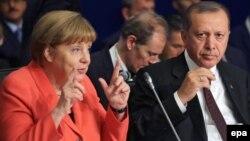 Kancelarja gjermane, Angela Merkel dhe presidenti turk, Rexhep Tajip Erdogan - Arkiv