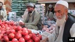 Не вся продукция столицы южного Афганистана имеет столь же освежающий вкус, как эти поставляемые на экспорт гранаты