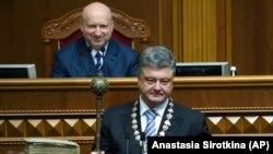 Петро Порошенко під час урочистого засідання Верховної Ради з нагоди інавгурації президента України, 7 червня 2014 року