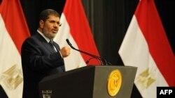 Мухаммед Мурси в бытность президентом Египта. Каир, 26 июня 2013 года.