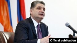 Armenia - Prime Minister Tigran Sarkisian gives a news conference in Yerevan, 27Dec2013.