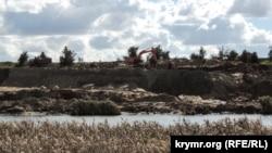 Добыча токсического песка в Керчи
