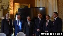 Elmar Mammadyarov və Zohrab Mnatsakanian, ATƏT-in Minsk qrupunun həmsədrləri ilə , 16 yanvar, 2019, Paris.