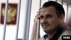 Олег Сенцов у московському суді, грудень 2014 року