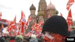 """2007 елда эстон челтәренә """"Наши"""" хәрәкәте активисты һөҗүм иткән булган"""
