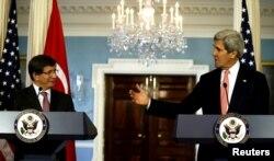 Ahmet Davutoglu və John Kerry