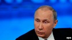 Ресей президенті Владимир Путин баспасөз мәслихатында. Мәскеу, 18 желтоқсан 2014 жыл.