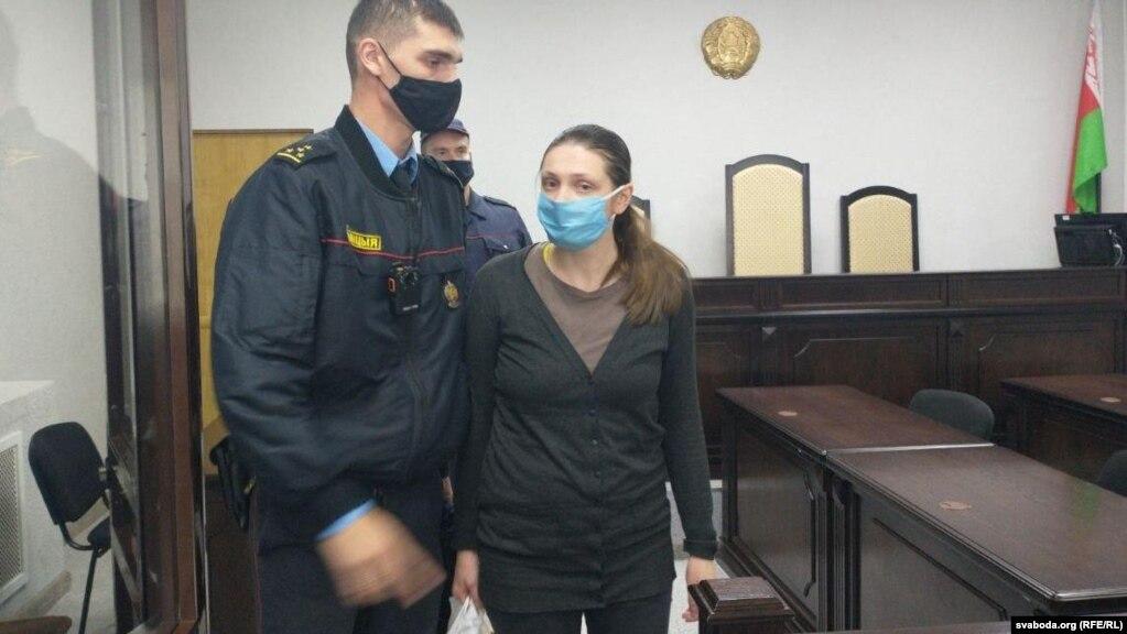 Ганна Якштас у судзе 6 кастрычніка 2020 года