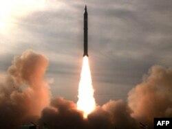 İran yeni raketini sınaqdan keçirir, 16 dekabr 2009