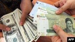بازار ارز ایران از دو هفته پیش بار دیگر دچار نوسان شدید شده است.