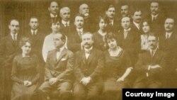Delegația română de la Conferința de la Paris, condusă de Alexandru Vaida-Voievod (1920). Foto: Biblioteca Centrală Universitară, Iași