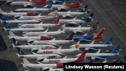 Десятки самолетов 737 MAX на стоянке в аэропорту города Мозес Лейк, штат Вашингтон
