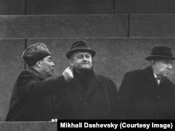 Cehoslovacia-i a noastră!