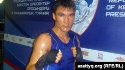 Екі дүркін әлем чемпионы, қазақстандық боксер Серік Сәпиев. Алматы, 8 мамыр 2012 жыл.