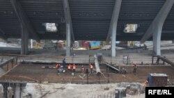 Будівництво стадіону НСК «Олімпійський» до Євро-2012 у Києві (грудень, 2009 року)