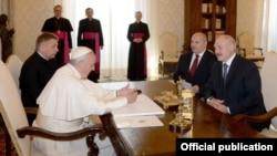 Сустрэча папы рымскага Францішка і Аляксандра Лукашэнкі. 21 траўня, 2016 году