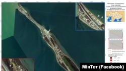 Вид на Керченский мост из космоса
