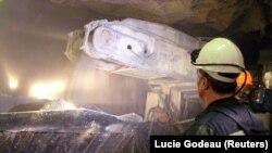 Алмазный рудник в Мирном, Якутия.