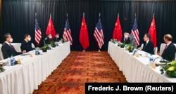 Переговоры в Анкоридже между американской и китайской делегациями