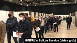 Очередь на вакцинацию в Белграде