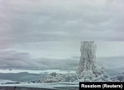 Gombafelhő az északi Novaja Zemlja felett, a Cár-bomba 1961-es kísérlete idején
