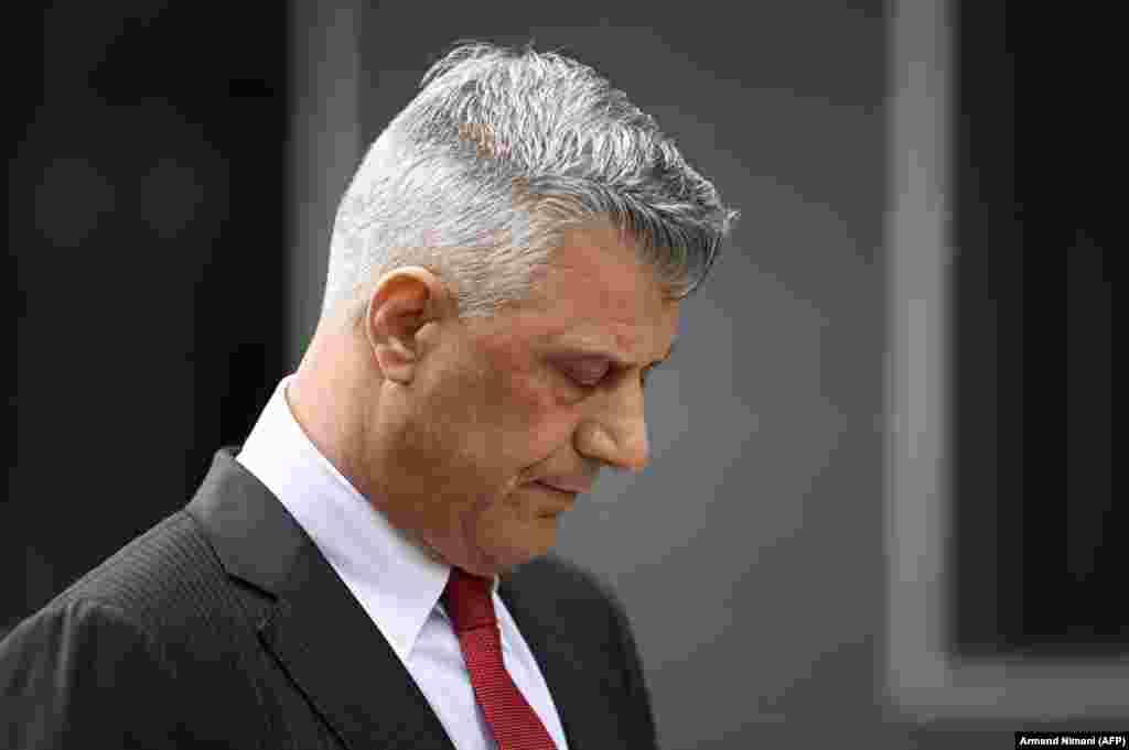 КОСОВО - Претседателот на Косово, Хашим Тачи, по оставката, самиот отишол во седиштето на ЕУЛЕКС, откако поднесе оставка од функцијата претседател по потврдата на обвинението за него од Специјалниот суд во Хаг.