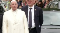 Pope Pays Tribute To Latvia's Independence Fighters