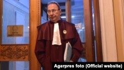 Romania - Valer Dorneanu, presedintele Curtii Constitutionale a Romaniei, la finalul sedintei publice CCR, 07 noiembrie 2018