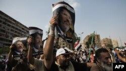 Прихильники Мухаммада Мурсі продовжували протест у Каїрі, 9 липня 2013 року