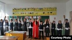 Казахстан, Красная Поляна юьртарчу школан дешархой-нохчий