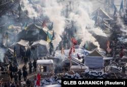 Вид на антиправительственный лагерь в центре Киева. 24 января 2014 года.