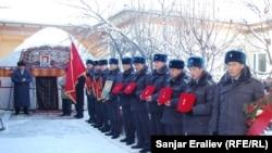 Похороны Толкунбека Шоноева. Город Ош. 12 января 2013 года.