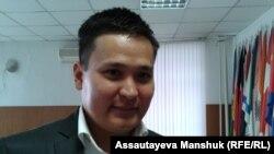 Адвокат Руслан Анарбеков. Алматы, 22 қазан 2013 жыл.