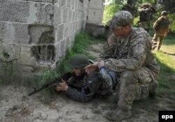 Командно-штабні навчання із залученням американських військових «Безстрашний захисник 2015». Яворівський полігон, 3 червня 2015 року