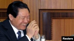 Кинскиот претставник задолжен за безбедност и правда Жо Јонгканг.