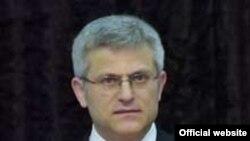 Radovan Jelašić