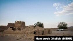 یکی از روستاهای خالی از سکنه در استان اصفهان