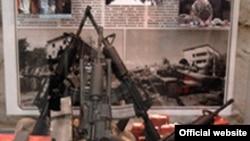 Посетители должны сами определить правых и виноватых в этой войне, считают организаторы московской выставки