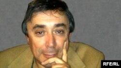 Евгений Аронов