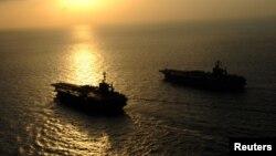 قطع بحرية أميركية في بحر العرب