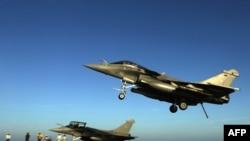 """Военные самолеты """"Рафаль"""" ВВС Франции."""