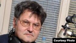 Mirko Srdić alias Elvis J. Kurtović, Foto: Midhat Poturović